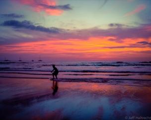 tamarindo beach costa rica boogie board