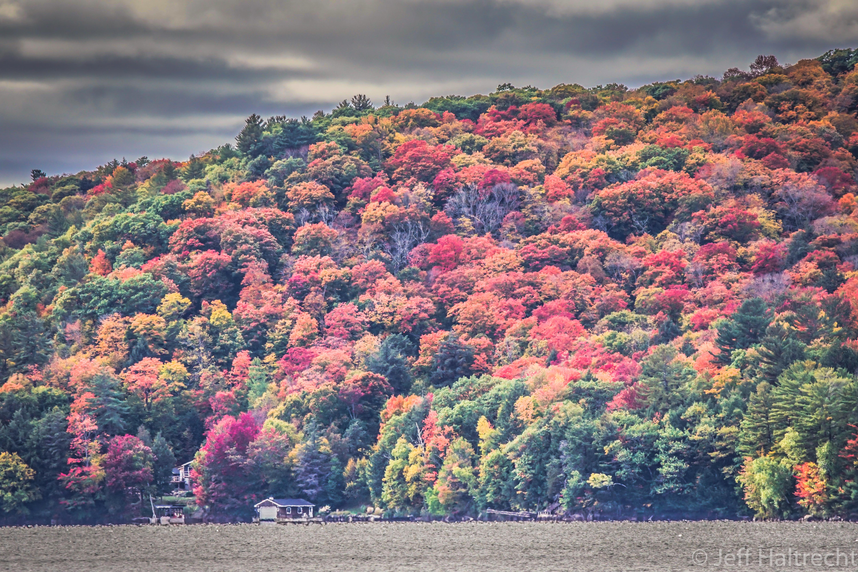 dorset-lake-of-bays-muskoka-fall-colors