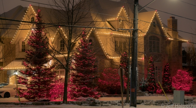 very merry christmas house lights mississauga